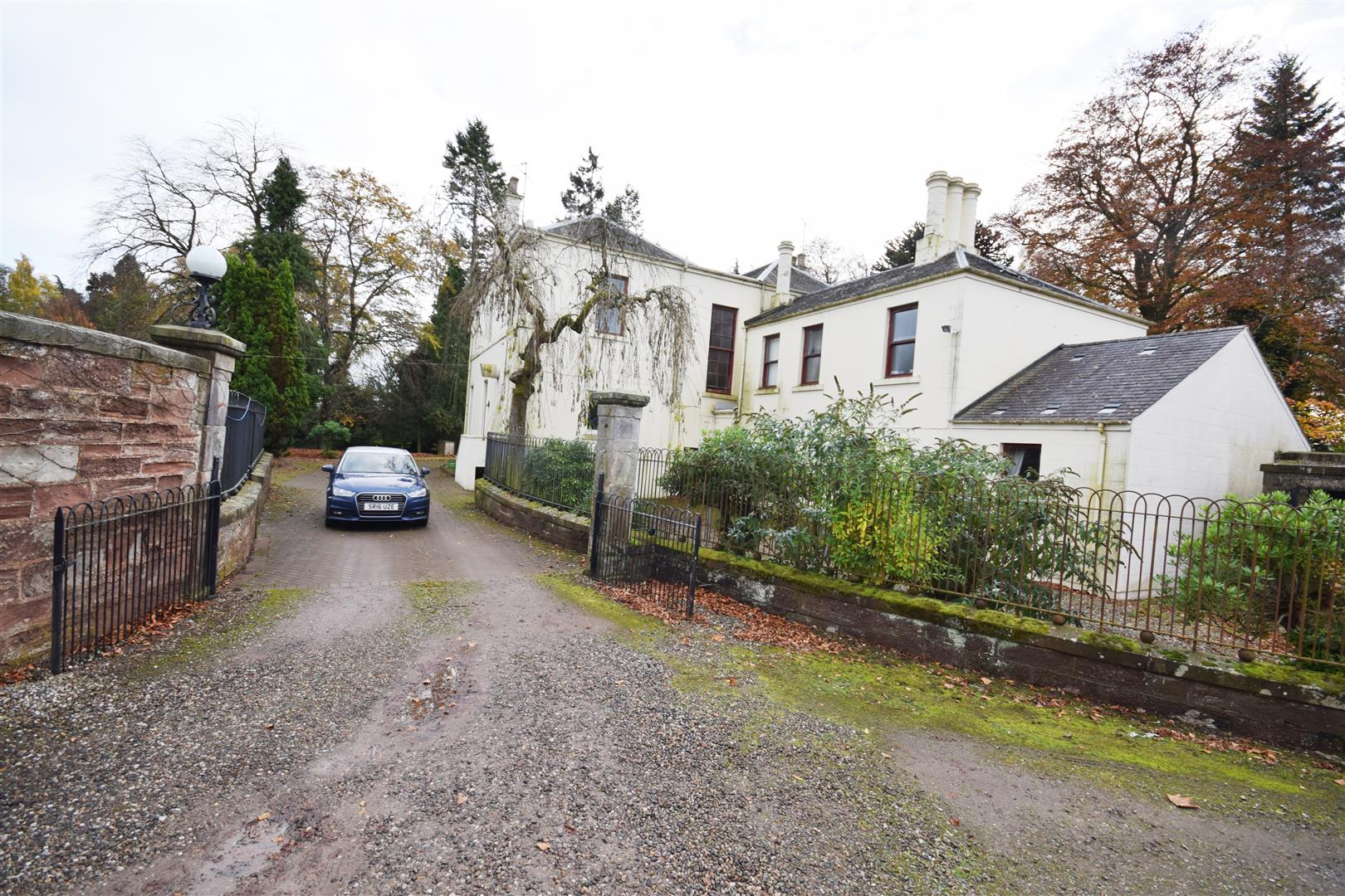Mount Ericht, Balmoral Road, Rattray, Blairgowrie, Perthshire, PH10 7AB, UK